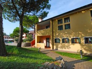 Locazione turistica Tizè.14, Ferienwohnungen  Rosapineta - big - 8