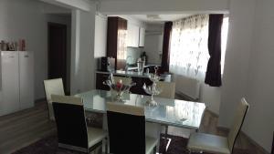Residence Ciresica, Apartmány  Constanţa - big - 1