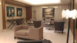 Breeze Residences near World Trade Center, Apartmány  Manila - big - 8