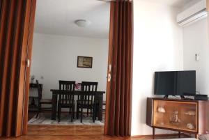 Apartmani Marina, Ferienwohnungen  Kotor - big - 5