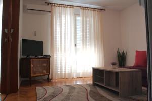 Apartmani Marina, Ferienwohnungen  Kotor - big - 8