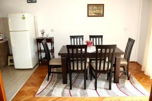 Apartmani Marina, Ferienwohnungen  Kotor - big - 11
