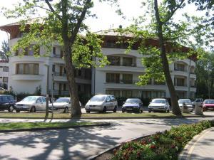 Simon Apartman, Апартаменты  Балатонлелле - big - 1