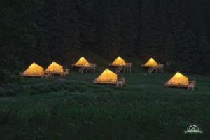 Camping Valea Iarului