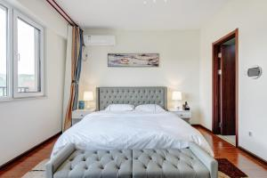 The Modern Holiday Villa Beijing Gubeikou Branch, Apartments  Miyun - big - 15