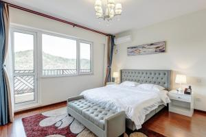 The Modern Holiday Villa Beijing Gubeikou Branch, Apartments  Miyun - big - 3