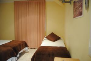 Hostal Guilleumes, Vendégházak  Monistrol - big - 7