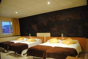 Hostal Guilleumes, Vendégházak  Monistrol - big - 12