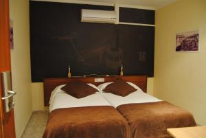 Hostal Guilleumes, Vendégházak  Monistrol - big - 6