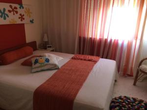 Artist's Abode -- Comfy and Chic, Apartmány  Skopje - big - 4