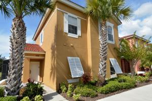 Terra Verde Lakeside Retreat - Four Bedroom Home