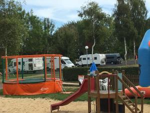 Camping le Mont Joli Bois, Kempingek  Criel-sur-Mer - big - 45