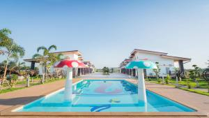 Infinity See Sun Resort