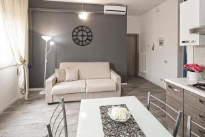 Residence 2 Studio and Suites