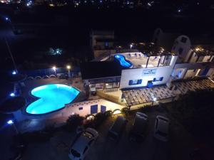 Honeymoon Beach Apartments(Perivolos)