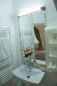 Baroc Apartments Sibiu, Апартаменты  Сибиу - big - 27