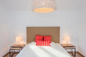 Stunning Villa with Mountain Views - Los Campitos, Ville  Estepona - big - 16