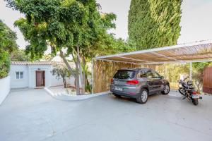 Stunning Villa with Mountain Views - Los Campitos, Ville  Estepona - big - 23