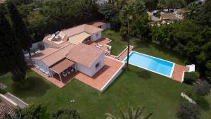Stunning Villa with Mountain Views - Los Campitos, Ville  Estepona - big - 24