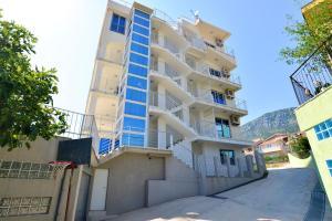 LuxApart Monte, Апартаменты  Бар - big - 7