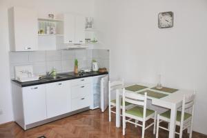 Apartment Bile