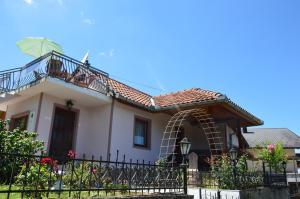 Resting House Oaza