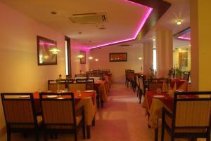 Hotel Classic Diplomat, Hotels  New Delhi - big - 34