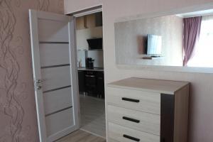 Apartment in San-Marina, Apartmány  Lazarevskoye - big - 14