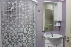 Apartment in San-Marina, Apartmány  Lazarevskoye - big - 24