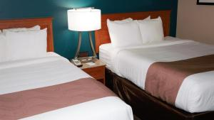 Quality Inn & Suites Near White Sands National Monument, Отели  Alamogordo - big - 12