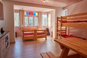 Residence Sněžka, Ferienwohnungen  Pec pod Sněžkou - big - 13