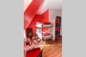 Smart Place Paris Hostel & Budget Hotel, Париж