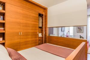Casa Rebecca in Brera, Apartmány  Miláno - big - 11