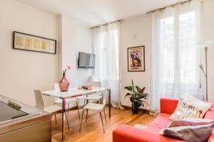 Casa Rebecca in Brera, Apartmány  Miláno - big - 1