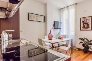 Casa Rebecca in Brera, Apartmány  Miláno - big - 12