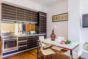 Casa Rebecca in Brera, Apartmány  Miláno - big - 20