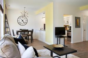 Vine Village Apartments, Apartmány  Niagara on the Lake - big - 45