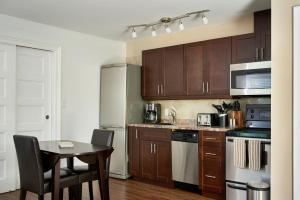 Vine Village Queen Apartments, Apartmány  Niagara on the Lake - big - 14