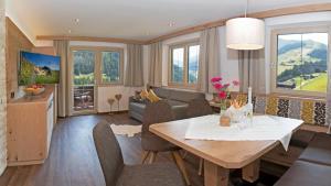 Appartements Schöne Aussicht Family - Apartment - Hintertux