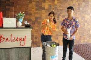 Feung Nakorn Balcony Rooms and Cafe, Hotely  Bangkok - big - 72