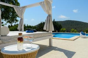 Villa Vrai Ibiza: Truly stunning, perfect location!