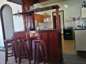Casa Azul Beach House - Busca Vida, Ferienhäuser  Camaçari - big - 7