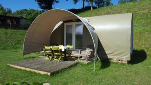 Camping le Mont Joli Bois, Kempingek  Criel-sur-Mer - big - 6