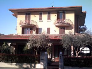 Prenota Hotel Chiara