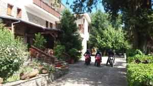 Bourazani Wild Life Resort, Hotely  Konitsa - big - 69