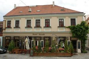 Hotel K�rn�k