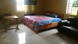 Sweetwater Guesthouse, Affittacamere  Gbawe - big - 15