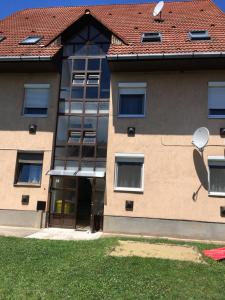Balaton apartman, Ferienwohnungen  Balatonboglár - big - 12
