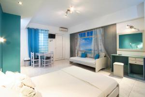 Balito, Aparthotely  Kato Galatas - big - 35