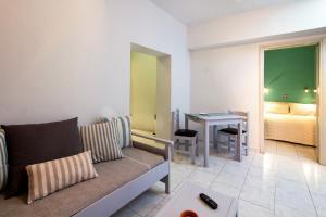 Balito, Aparthotely  Kato Galatas - big - 33